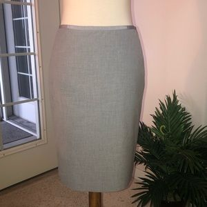 THE LIMITED light gray pencil skirt a back split
